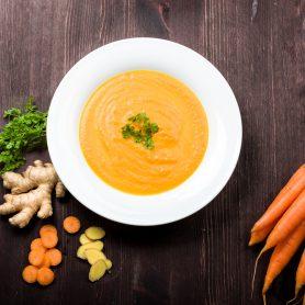 Soupe d'automne aux carottes et au gingembre